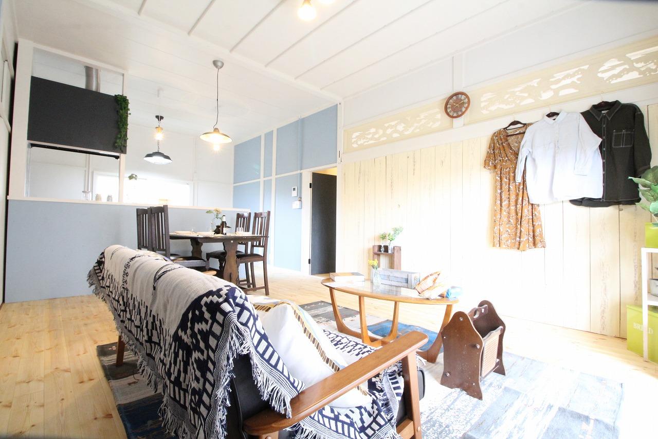 海沿いのカフェのような平屋建て。~カリフォルニアスタイルの住まい~