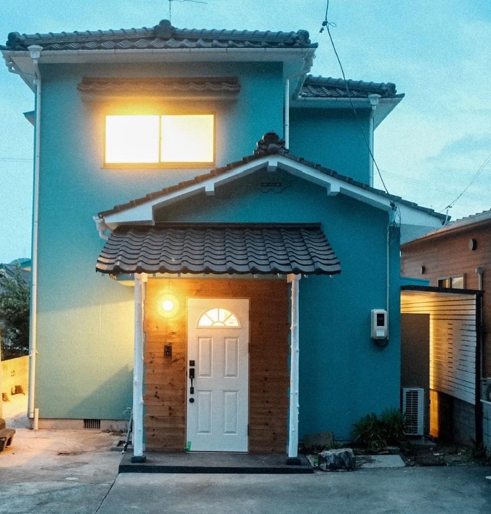 アンティークの扉や家具、雑貨の似合うオシャレな海外風の家【販売中】